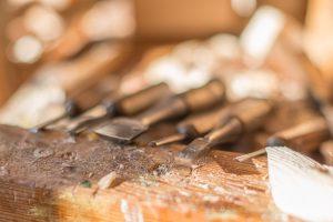Werkzeug für Krampusmaskenschnitzer
